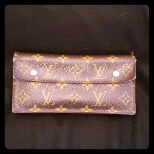 Auth Louis Vuitton monogram long wallet